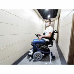 台灣品牌Karma KM-20站立式電動輪椅